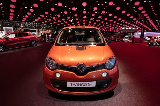 prix renault twingo gt le tarif de la gt d marre 17 000 euros l 39 argus. Black Bedroom Furniture Sets. Home Design Ideas