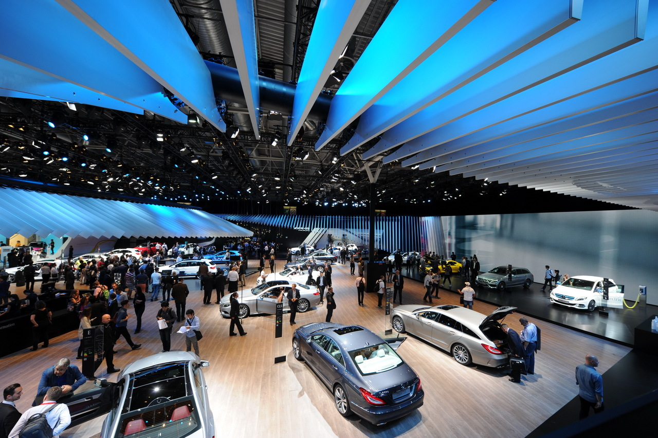 Visiter le salon de l 39 automobile paris en 2 heures - Salon de the paris 13 ...