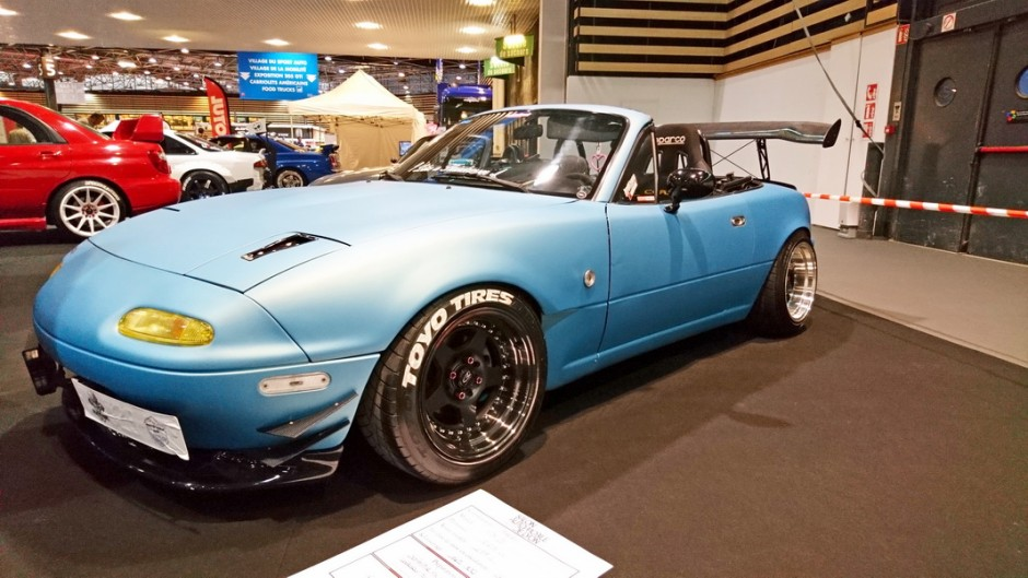 les insolites du salon automobile de lyon 2017 mazda mx 5 1991 l 39 argus. Black Bedroom Furniture Sets. Home Design Ideas