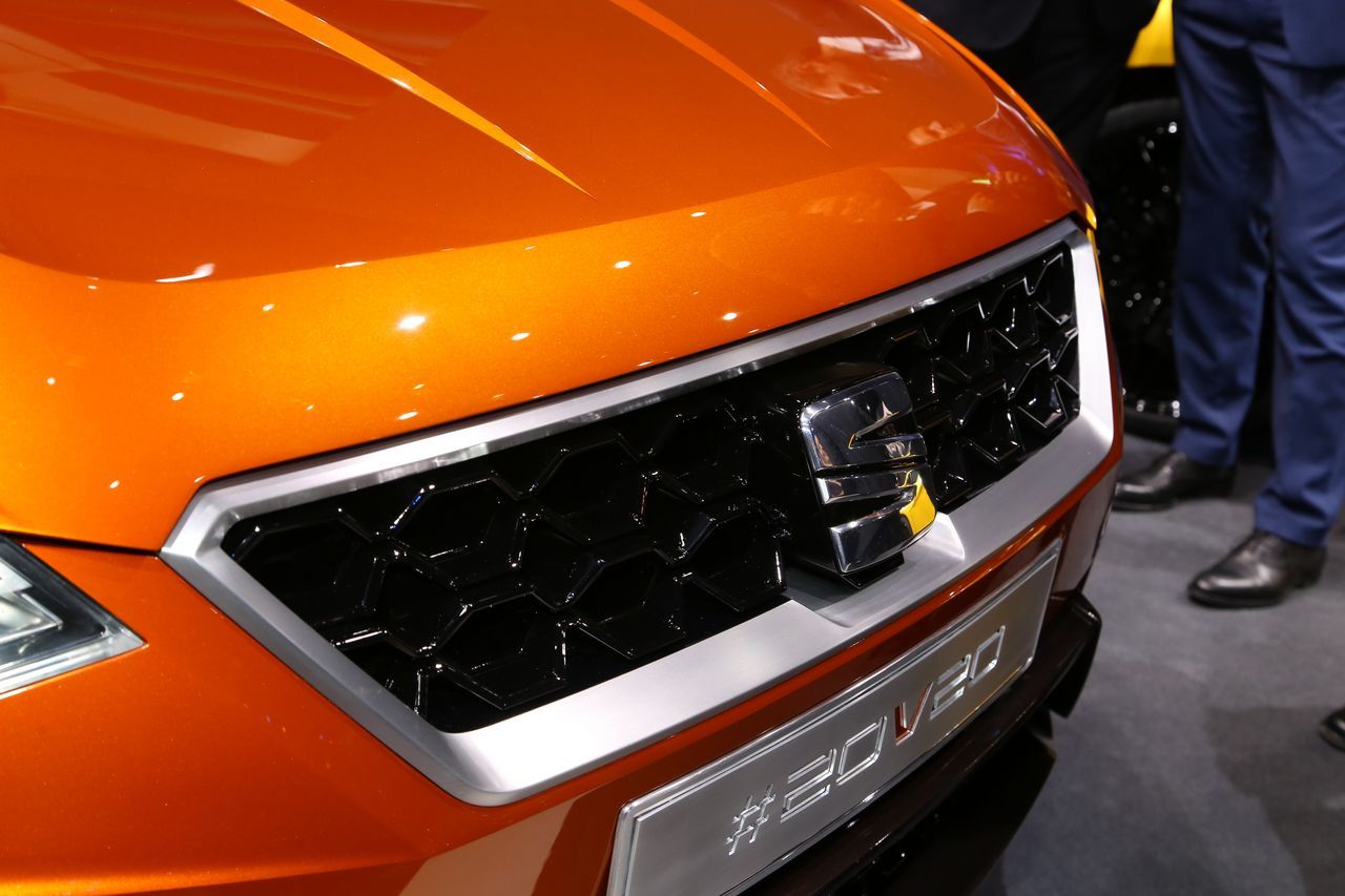 Seat 20v20 concept le suv de la reconqu te photo 35 for Garage seat geneve