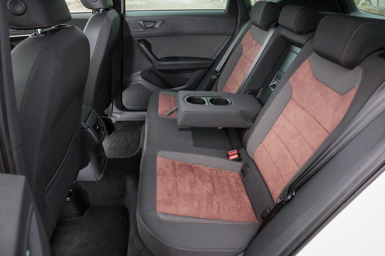 le seat ateca en road trip la r union les plus belles. Black Bedroom Furniture Sets. Home Design Ideas