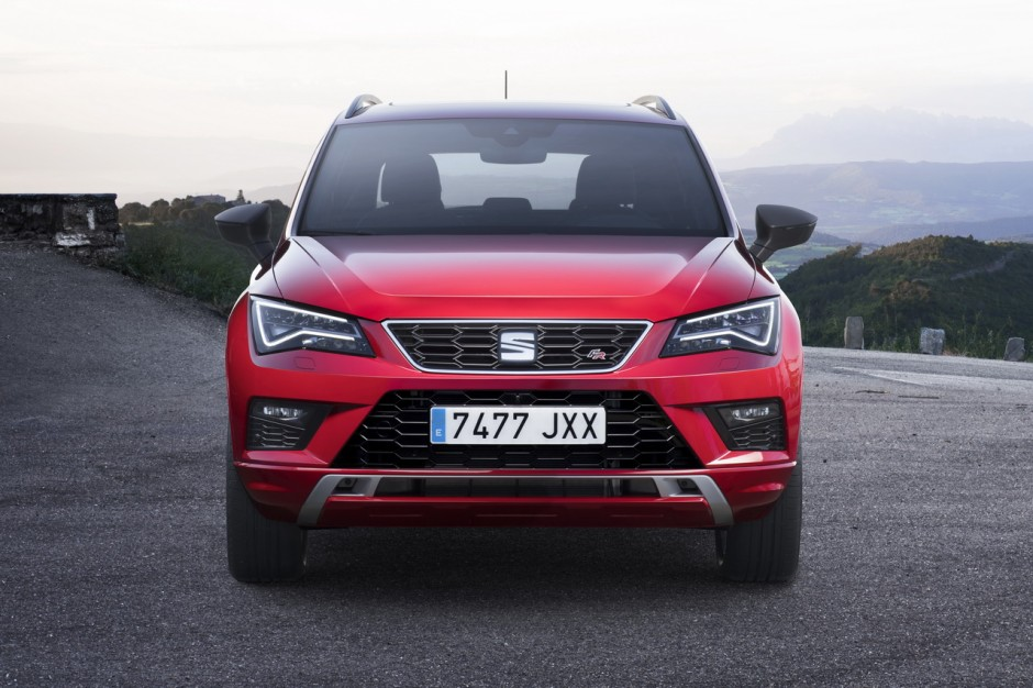 seat ateca fr un suv en tenue de sport photo 1 l 39 argus. Black Bedroom Furniture Sets. Home Design Ideas
