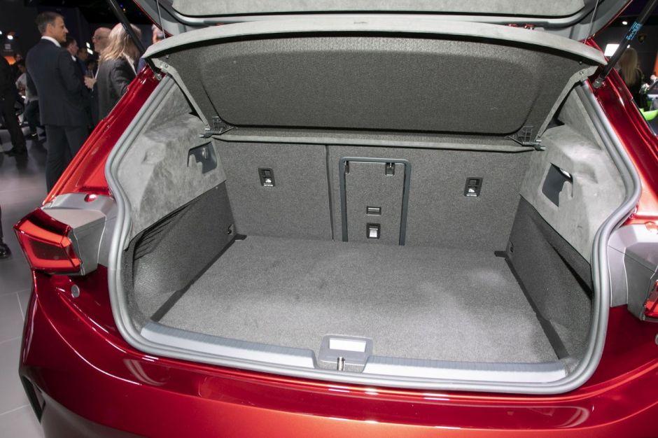 Volkswagen I.D - Page 5 Seat-el-born-geneve-2019-ll-06
