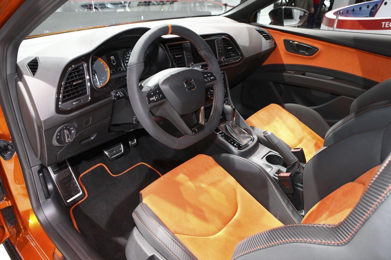 https://www.largus.fr/images/images/seat-leon-cross-sport-concept-ac-2015-05.jpg