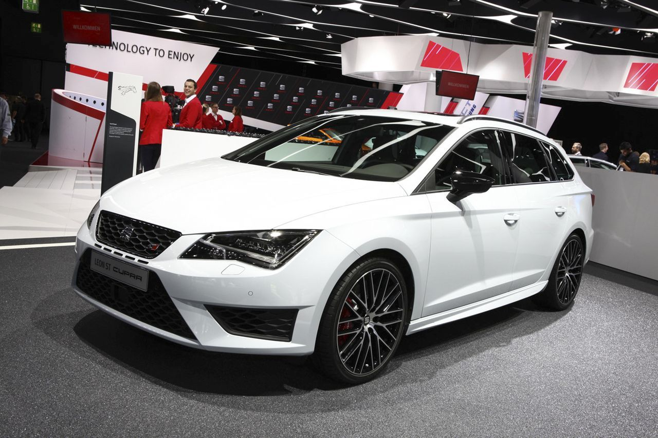 seat leon st cupra 290 les 10 chevaux c 39 est cadeau photo 1 l 39 argus. Black Bedroom Furniture Sets. Home Design Ideas