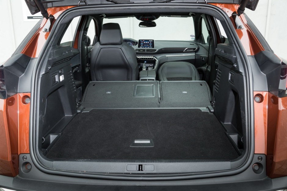 essai comparatif le skoda karoq d fie le peugeot 3008 photo 29 l 39 argus. Black Bedroom Furniture Sets. Home Design Ideas