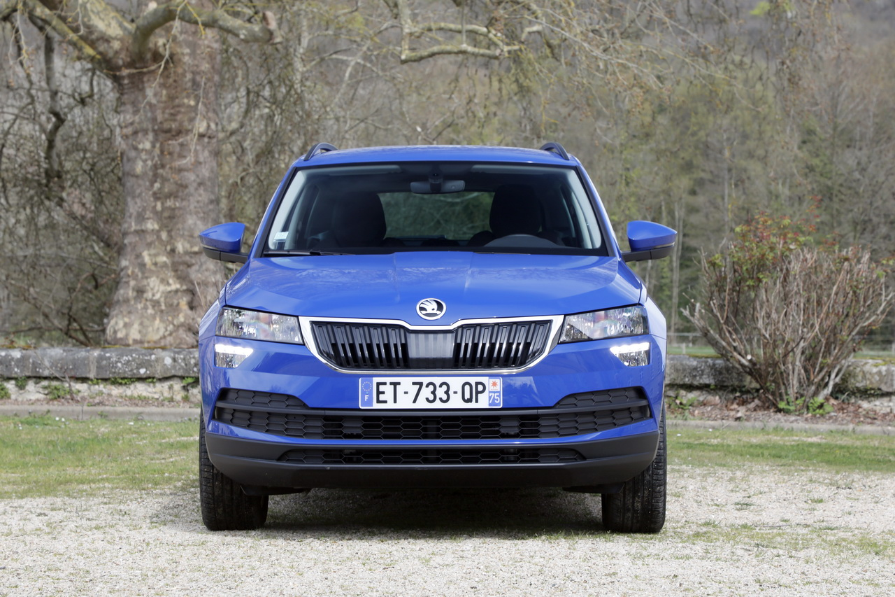 essai comparatif le skoda karoq d fie le seat ateca photo 19 l 39 argus. Black Bedroom Furniture Sets. Home Design Ideas