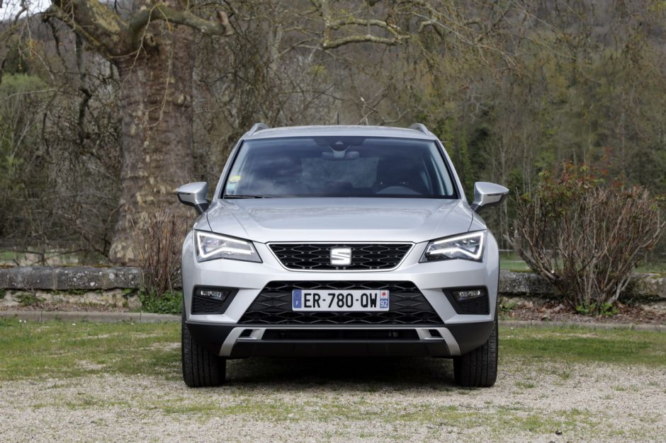 essai comparatif le skoda karoq d fie le seat ateca photo 51 l 39 argus. Black Bedroom Furniture Sets. Home Design Ideas