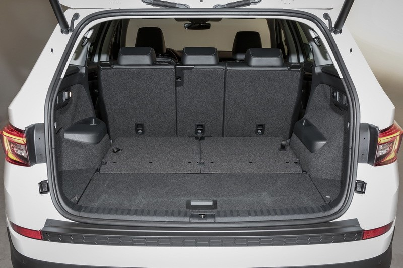 vid o nouveau skoda kodiaq 2017 premier contact avec le grand suv photo 11 l 39 argus. Black Bedroom Furniture Sets. Home Design Ideas