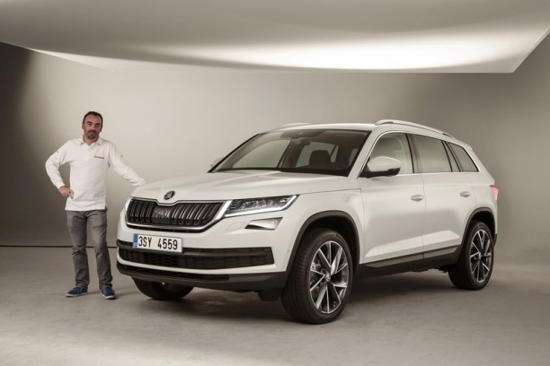 vid o nouveau skoda kodiaq 2017 premier contact avec le grand suv l 39 argus. Black Bedroom Furniture Sets. Home Design Ideas