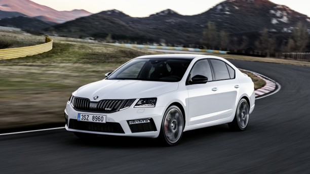 skoda octavia rs 2017 bient t 245 ch sous le capot l 39 argus. Black Bedroom Furniture Sets. Home Design Ideas