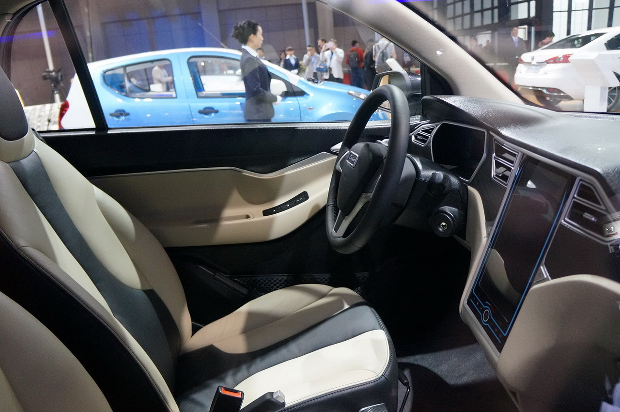 2015 - [Chine] Salon Auto de Shanghai - Page 2 Smart-chinoise-09