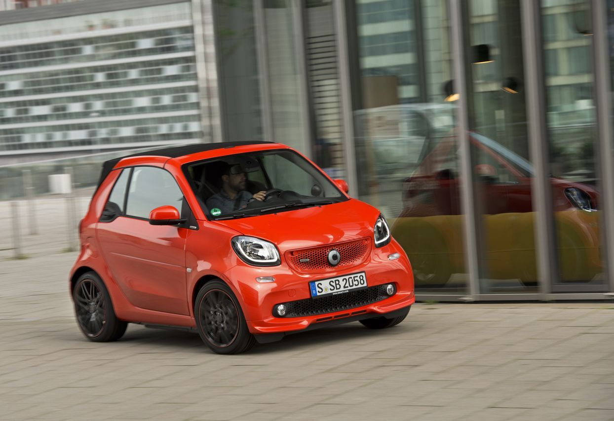 essai smart fortwo cabrio brabus 2016 m chamment m re photo 23 l 39 argus. Black Bedroom Furniture Sets. Home Design Ideas