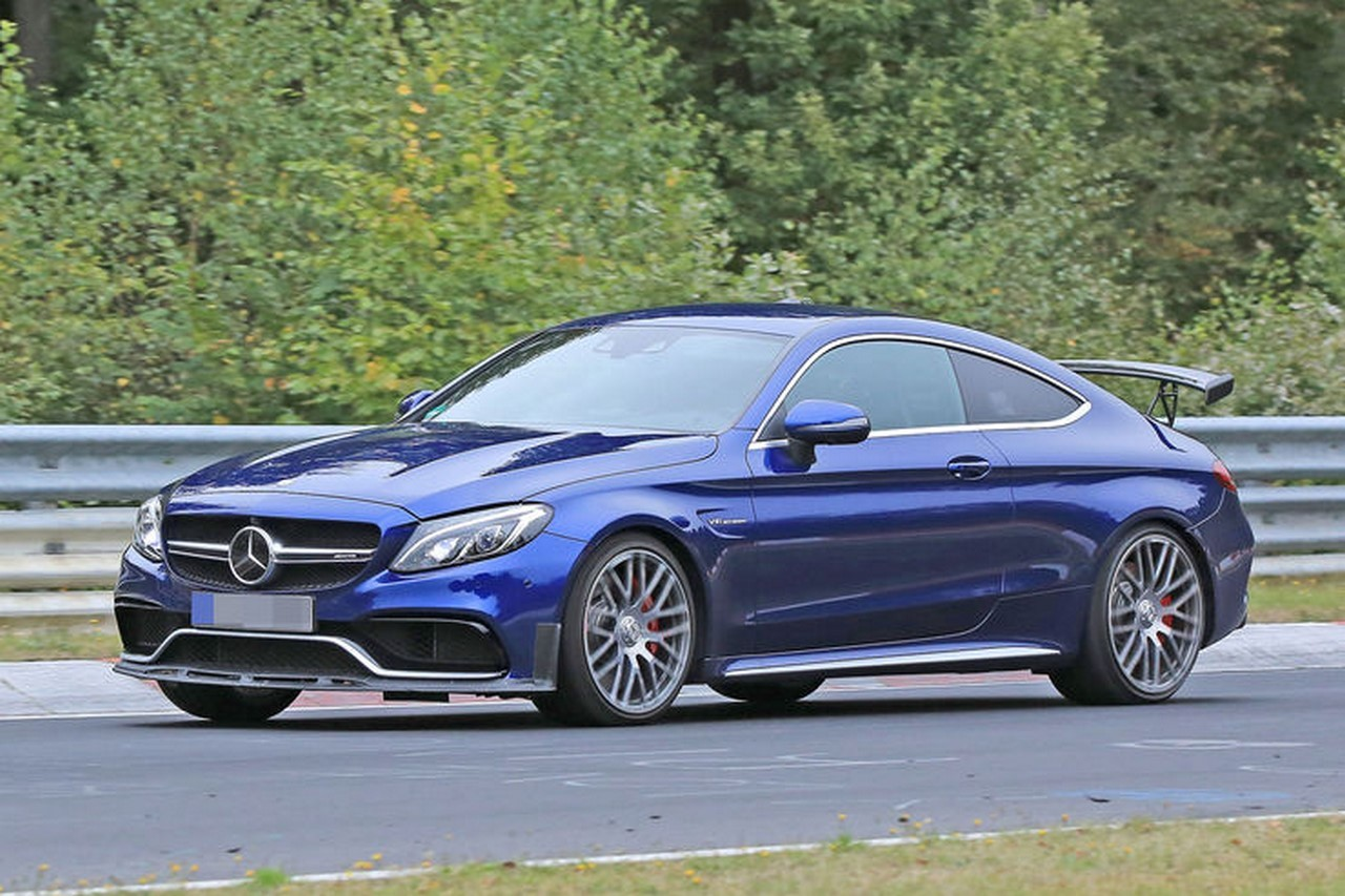 spyshots la future mercedes amg c 63 r en photos et en vid o l 39 argus. Black Bedroom Furniture Sets. Home Design Ideas