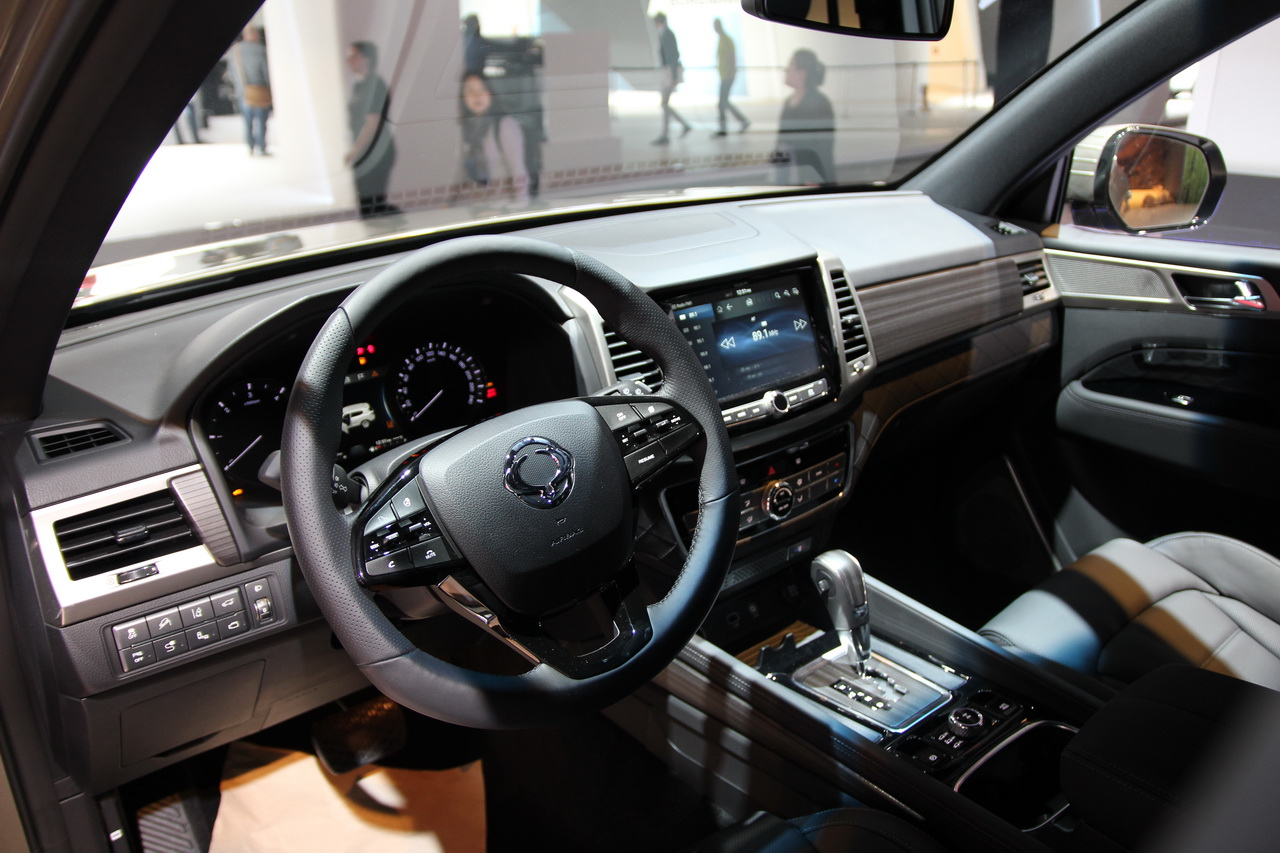 ssangyong rexton 2018 un sumo au salon de francfort photo 4 l 39 argus. Black Bedroom Furniture Sets. Home Design Ideas