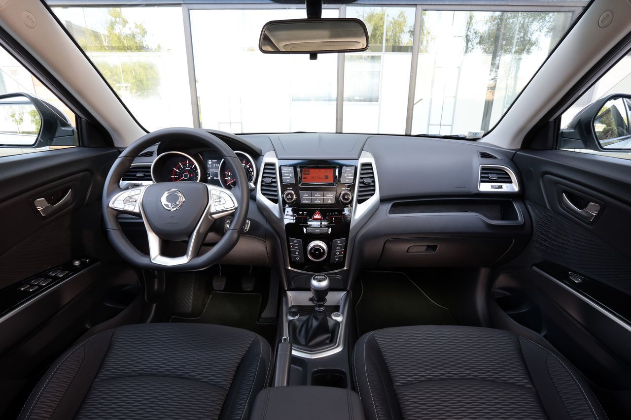 essai ssangyong tivoli  crossover urbain  prix degriffe photo  largus