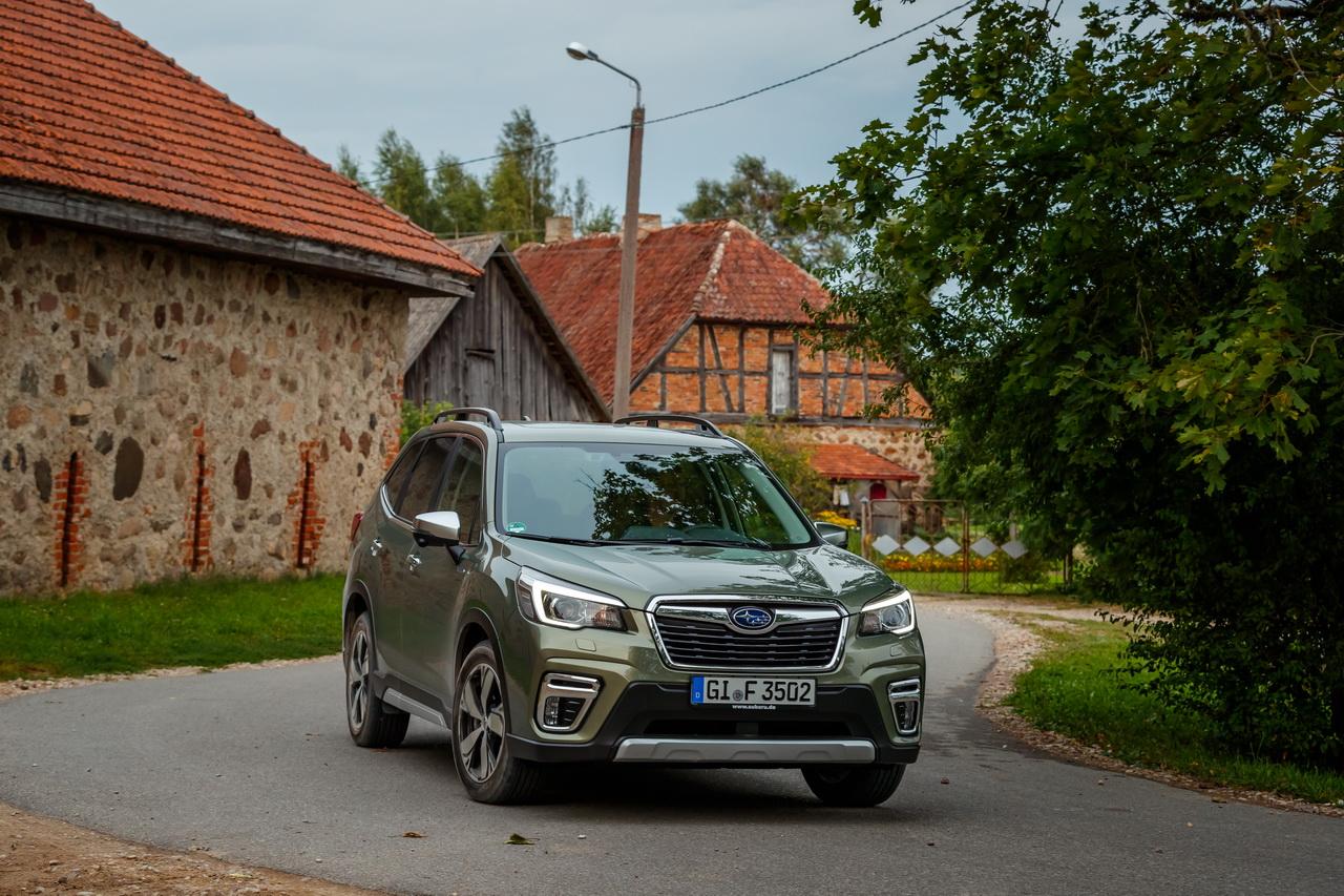 Essai Subaru Forester e-Boxer : hybride, mais pas assez...