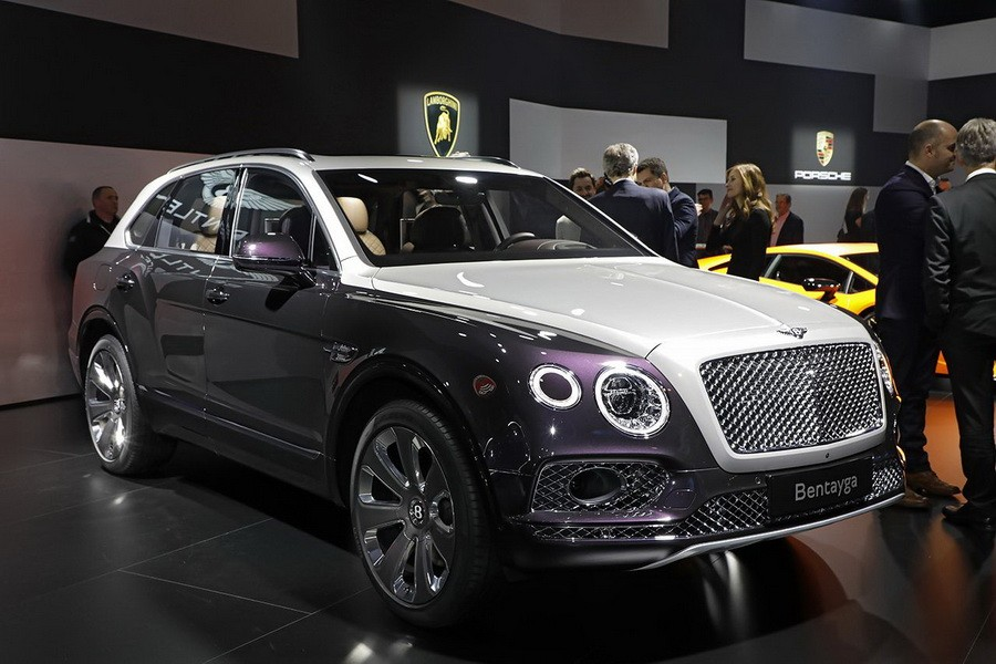 les nouveaux suv du salon de gen ve 2017 bentley bentayga mulliner l 39 argus. Black Bedroom Furniture Sets. Home Design Ideas