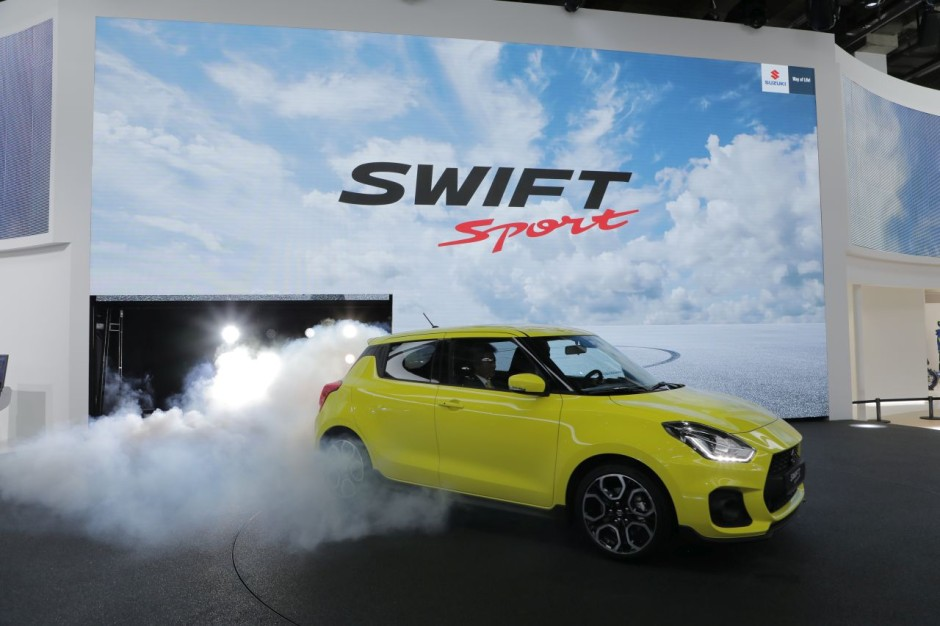 suzuki swift sport 2018 infos et photos sur la nouvelle swift sport photo 12 l 39 argus. Black Bedroom Furniture Sets. Home Design Ideas