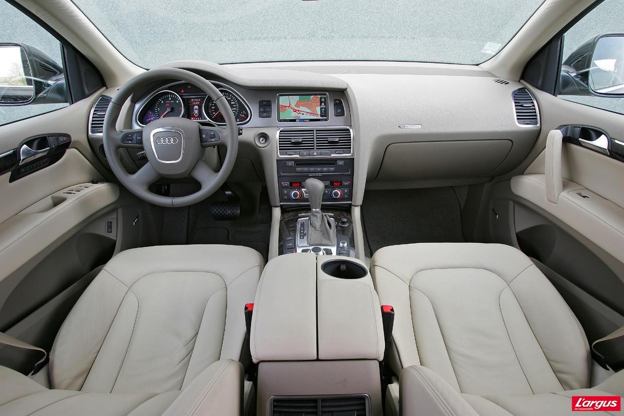 Audi Q7 Au volant