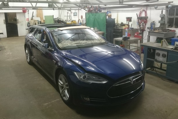 Tesla Model S break