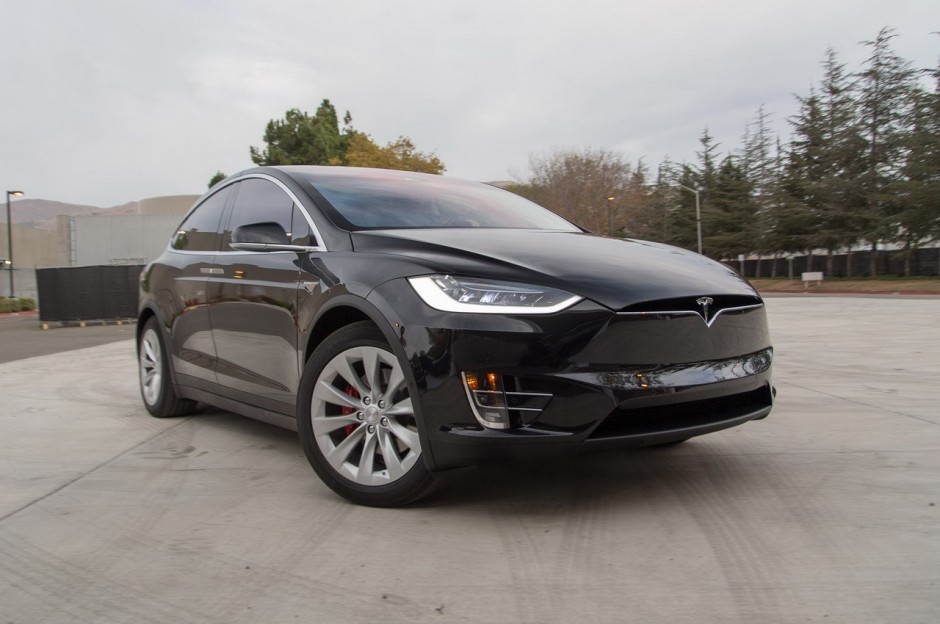 tesla model x d j plus de 20 000 pr r servations photo 2 l 39 argus. Black Bedroom Furniture Sets. Home Design Ideas