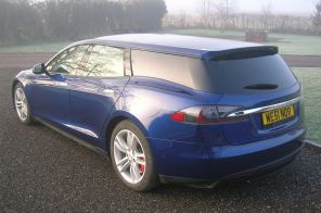 Tesla Model S Shooting Brake vue arrière bleue QWest Norfolk