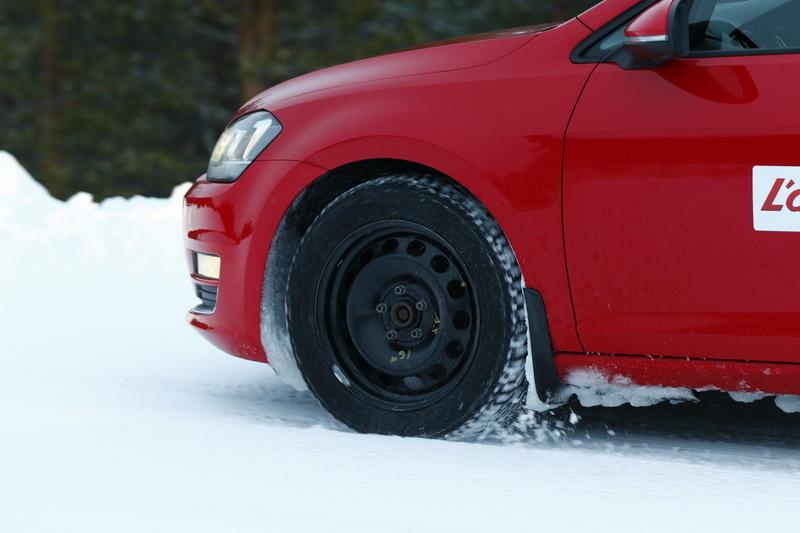 essai michelin crossclimate un pneu t aussi bon en hiver photo 23 l 39 argus. Black Bedroom Furniture Sets. Home Design Ideas