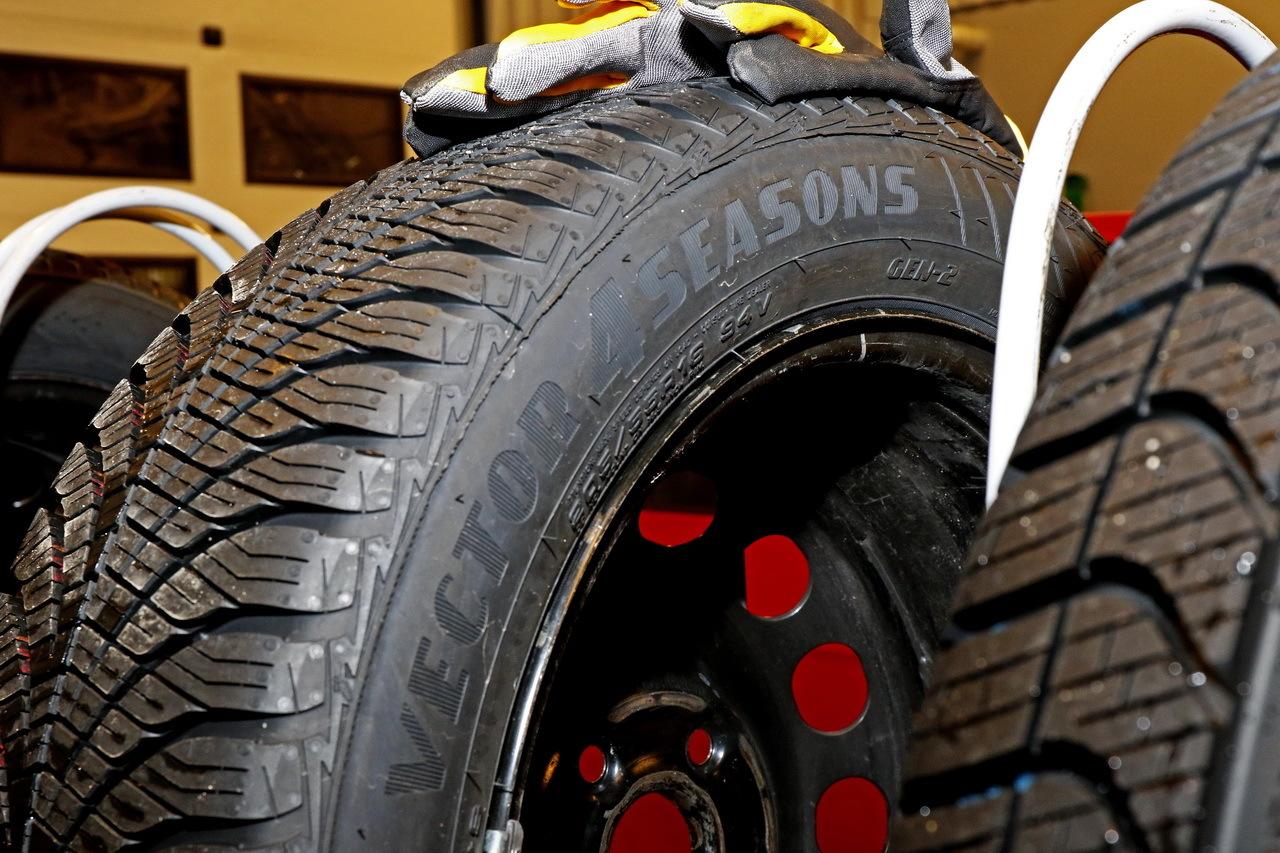 test pneus toutes saisons la bonne alternative aux pneus hiver photo 43 l 39 argus. Black Bedroom Furniture Sets. Home Design Ideas