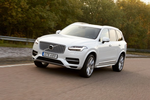 essai volvo xc90 t8 twin engine premier avis sur le xc90 hybride l 39 argus. Black Bedroom Furniture Sets. Home Design Ideas