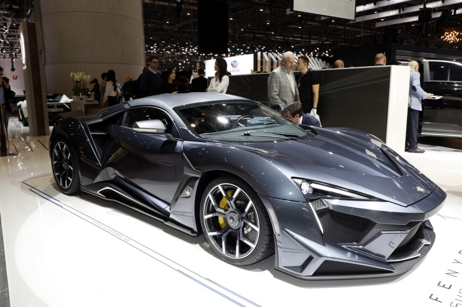 le top des supercars du salon de gen ve 2018 w motors fenyr supersport l 39 argus. Black Bedroom Furniture Sets. Home Design Ideas