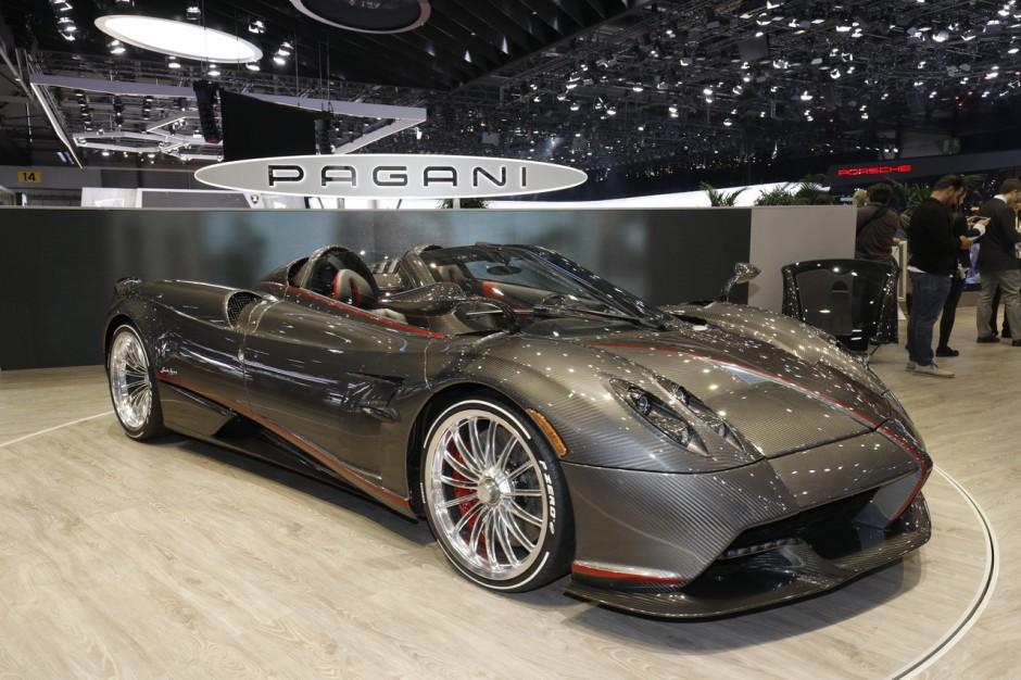 le top des supercars du salon de gen ve 2018 pagani huayra roadster l 39 argus. Black Bedroom Furniture Sets. Home Design Ideas