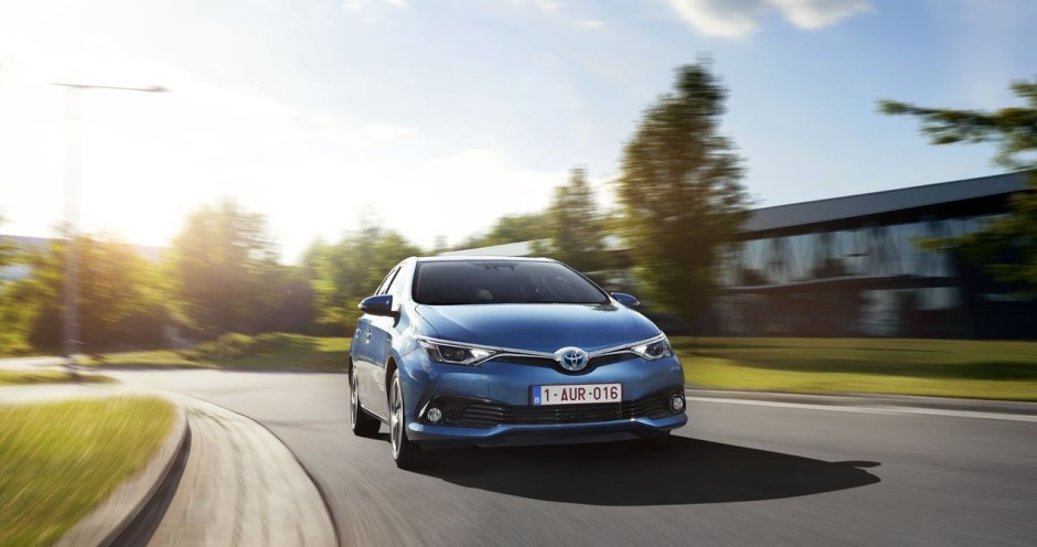 essai toyota auris restyl e elle muscle sa gamme photo 20 l 39 argus. Black Bedroom Furniture Sets. Home Design Ideas