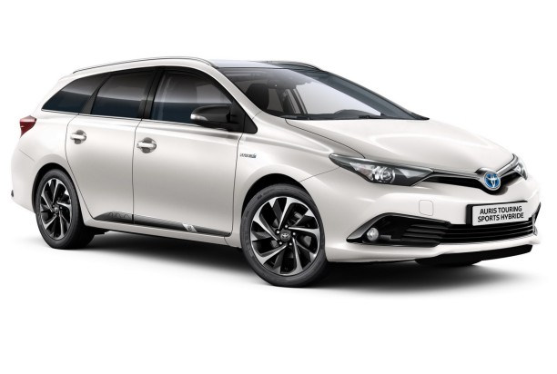 toyota auris touring sports salomon s rie limit e 450 exemplaires l 39 argus. Black Bedroom Furniture Sets. Home Design Ideas
