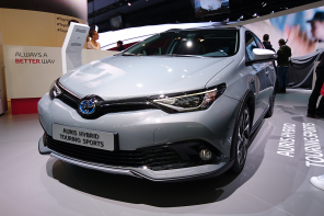 toyota auris touring sports freestyle salon francfort 2017 avant