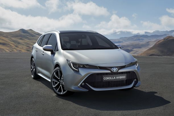 toyota corolla touring sports apr s la berline voici le break l 39 argus. Black Bedroom Furniture Sets. Home Design Ideas