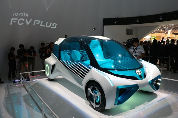 tokyo 2015 toyota fcv plus nouveau concept de voiture hydrog ne l 39 argus. Black Bedroom Furniture Sets. Home Design Ideas