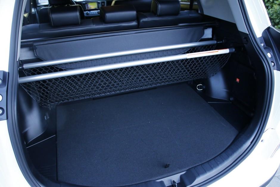 essai toyota rav4 hybride notre avis sur le nouveau rav4 photo 21 l 39 argus. Black Bedroom Furniture Sets. Home Design Ideas