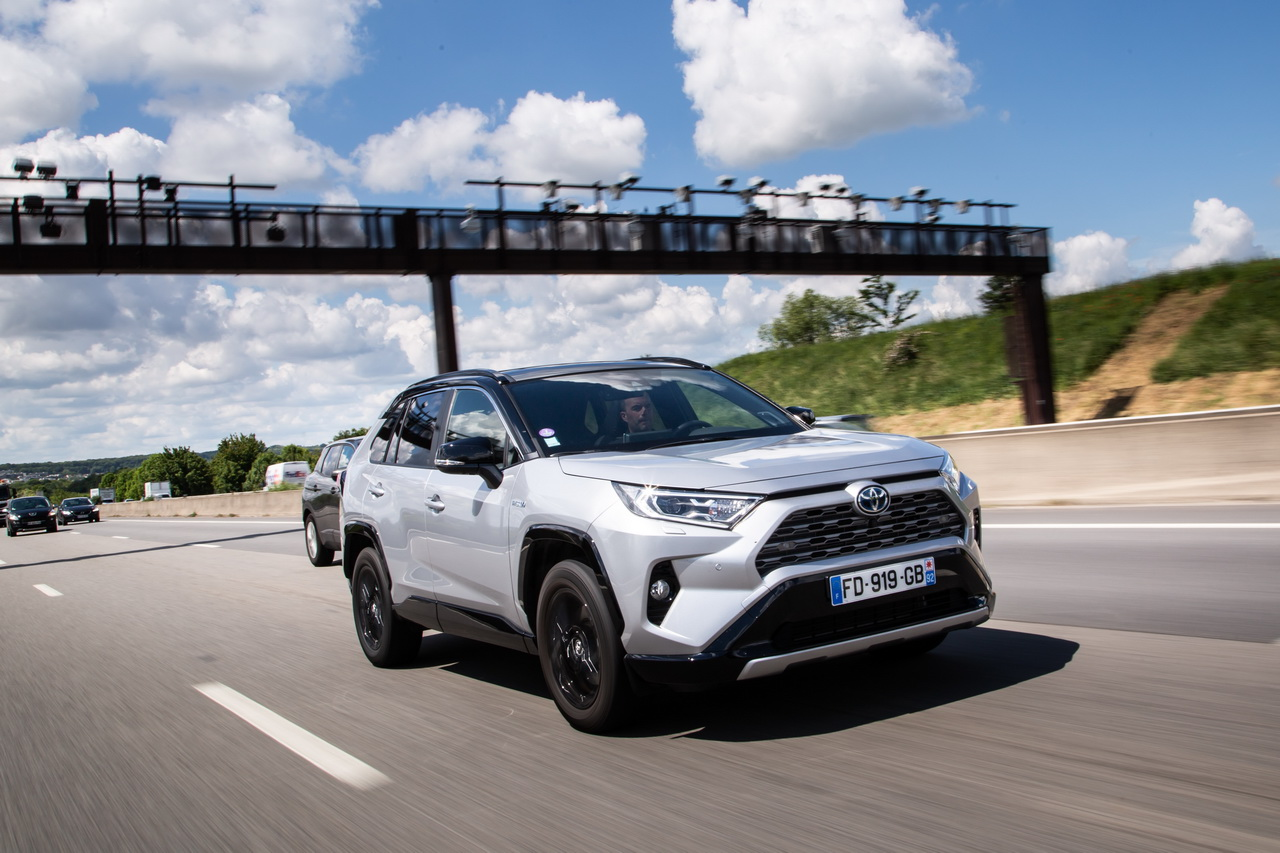 Prix Toyota RAV4 Hybride 2020 : hausse de tarifs