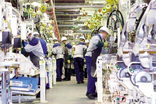Toyota qui dispute � Volkswagen la place de premier constructeur mondial, se devait de rationaliser son outil de production, pour le rendre plus efficace et moins co�teux.