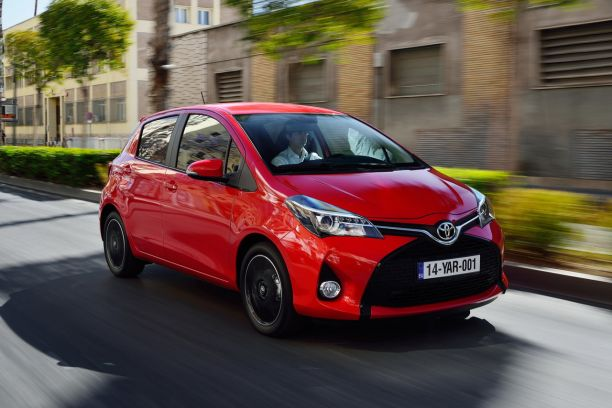 essai toyota yaris 100h hybride 2014 une mise jour salutaire l 39 argus. Black Bedroom Furniture Sets. Home Design Ideas