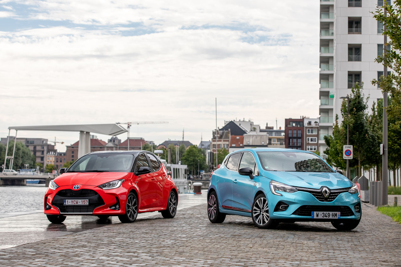 2019 - [Renault] Clio V (BJA) Toyota-yaris-vs-renault-clio-hybride-1