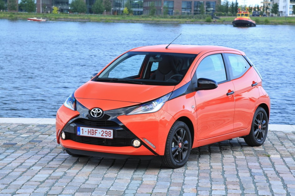toyota aygo yaris et auris l 39 option safety sense offerte photo 2 l 39 argus. Black Bedroom Furniture Sets. Home Design Ideas