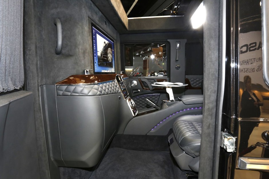 francfort 2015 l 39 auto la plus ch re c 39 est une mercedes blind e photo 5 l 39 argus. Black Bedroom Furniture Sets. Home Design Ideas