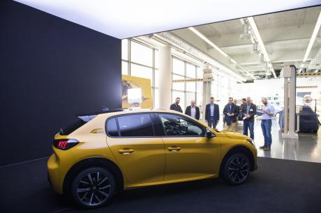 Peugeot dévoile sa nouvelle 208