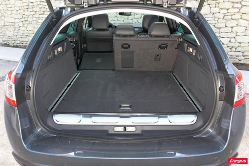 peugeot 508 rxh l 39 hybrid4 devient tout chemin sur le break 508 page 2 508 peugeot. Black Bedroom Furniture Sets. Home Design Ideas