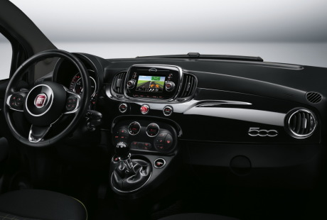 Fiat 500 2015 les photos officielles de la nouvelle for Fiat 500 interieur