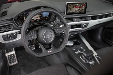 a bord de l 39 audi a5 sportback 2017 l 39 argus. Black Bedroom Furniture Sets. Home Design Ideas