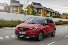 opel crossland x rouge