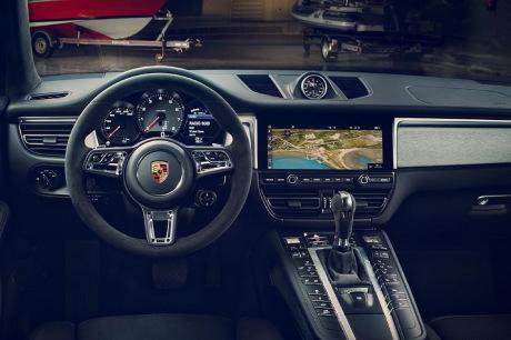 Facelifts Porsche Macan : restylage connecté